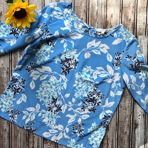 Croft & Barrow blue floral blouse